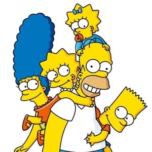 """Os personagens Lisa, Marge, Maggie, Bart e Homer Simpsons da série """"Os Simpsons"""""""