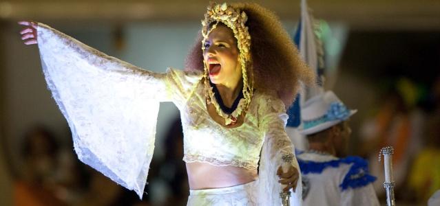 Vanessa da Mata desfila na escola de samba Portela (19/02/2012)