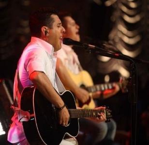 A dupla sertaneja Bruno & Marrone na gravação do DVD