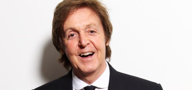 Paul McCartney em evento em Londres (06/06/2011)