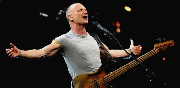 Sting durante show em Frankfurt, Alemanha (29/02/2012) - EFE/Boris Roessler