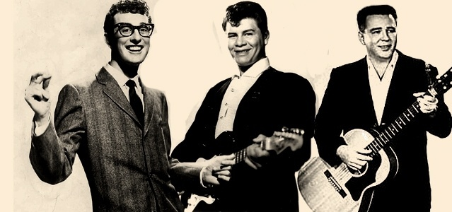 Os cantores Buddy Holly, Ritchie Valens e Big Bopper